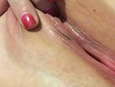 amy slowly rubbing her pussy