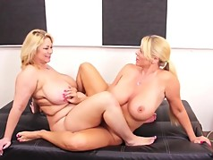 horny chubby milfs in a lesbian action