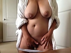 Great chubby Milf orgasming and filming herself (compil.)