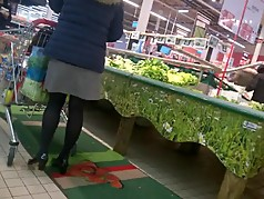 Milf Nice legs with pantyhose doing shopping