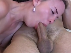 gorgeous cougar sucks dick and slurps cum